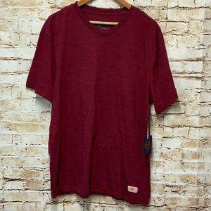 NWT BKC Mens v-neck shirt size 2XL